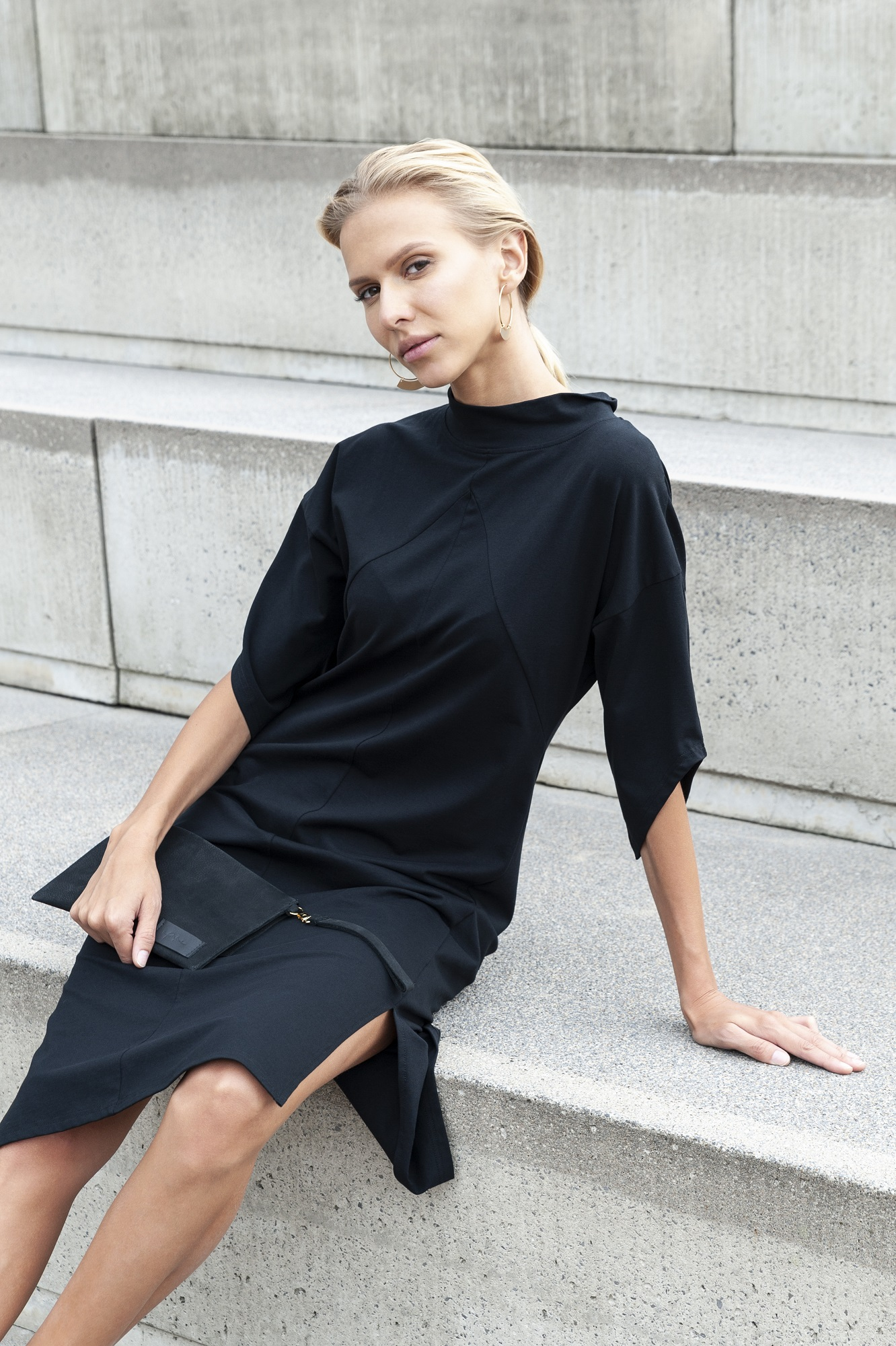 Eileen-Coat-Black-Yoko-Dress-Black_Anastasija-Baskakova